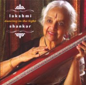 Lakshmi Shankar: Dancing In The Light - CD