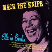 Ella Fitzgerald: Ella In Berlin - Mack The Knife + 4 Bonus Tracks! - Limited Edition In Solid Blue Colored Vinyl. - Plak