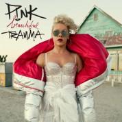 Pink: Beautiful Trauma - Plak