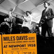 Miles Davis: At Newport 1958 + 5 Bonus Tracks - CD