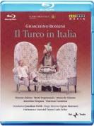 Simone Alaimo, Myrtò Papatanasiu, Bruno de Simone, Orchestra del Teatro Carlo Felice, Jonathan Webb: Il Turco in Italia - BluRay