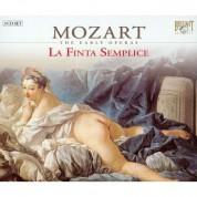 Helen Donath, Robert Holl, Anthony Rolfe Johnson, Teresa Berganza, Leopold Hager: Mozart: La Finta Semplice, KV51 - CD
