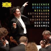 Gothenburg Symphony Orchestra, Gustavo Dudamel: Bruckner/ Sibelius/ Nielsen: Sinfonies 9/2/5,4 - CD