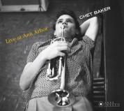 Chet Baker: Live At Ann Arbor + 5 Bonus Tracks! (Photographs By William Claxton) - CD