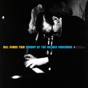Bill Evans: Sunday At The Village Vanguard + 5 Bonus Tracks! (Cover Photography By William Claxton) - CD