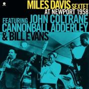 Miles Davis Sextet: At Newport 1958 - Plak